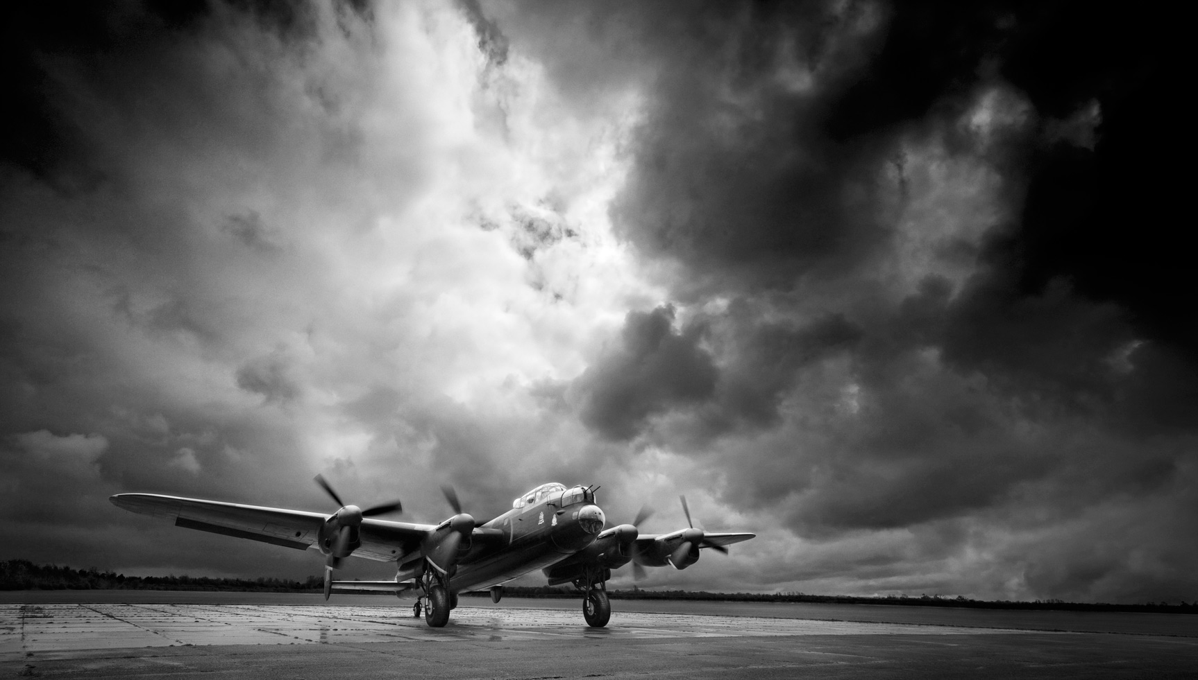 Lancaster Bomber (060414)